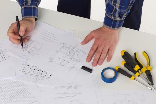 設計図、工務店、各業種が行う内装工事
